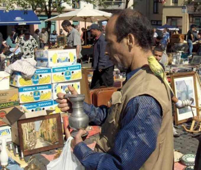 tintin,spielberg,milou,hergé,marolles,marché aux puces,vieux marché,place du jeu de balle,quick et flupke,le secret de la licorne