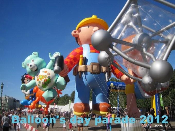 grand schtroumpf,balloon day parade,manneken pis,atomium,spirou,schtroumpf,agent 212
